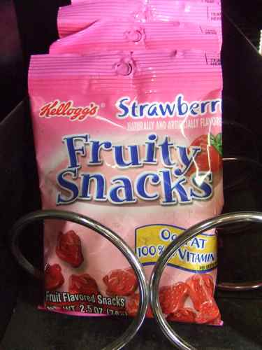 fruity snacks by kellogs